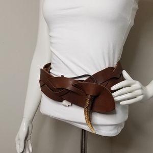 NWT Ralph Lauren horn closure leather belt